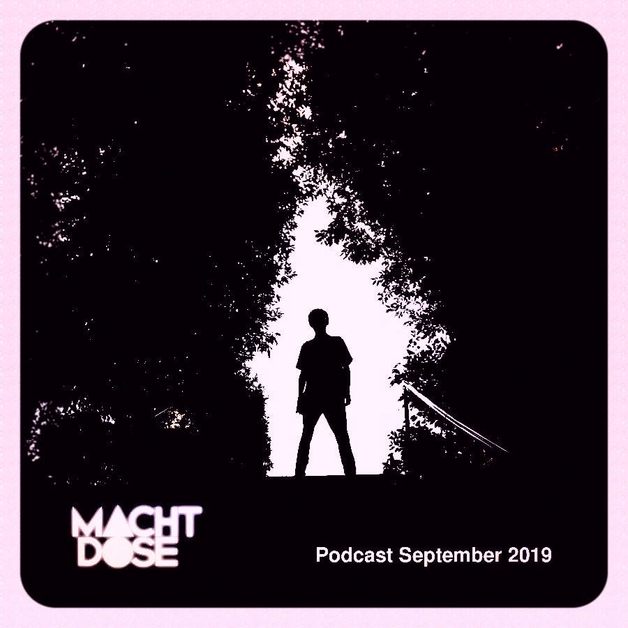 Titelbild des Machtdose Podcast. September 2019. – Dadanaut