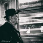 Georgy – verträumt am Fenster der S-Bahn – Dadanaut